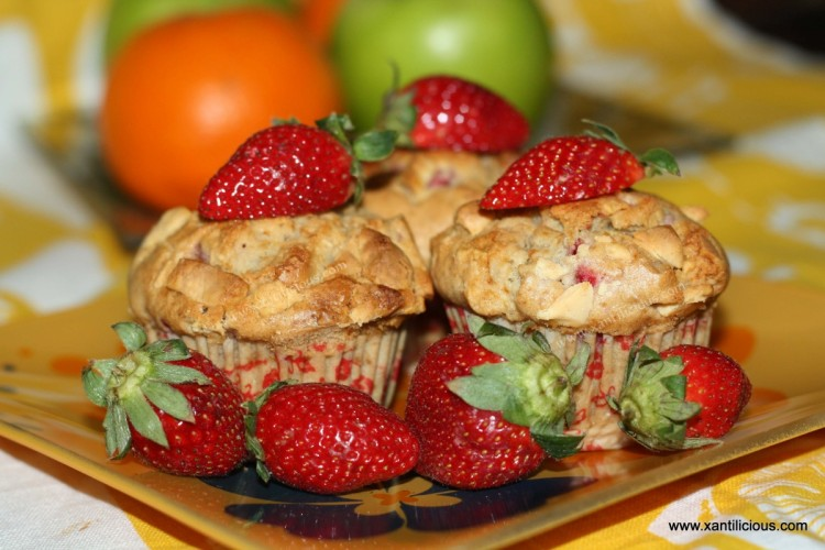 Strawberries & White Chocolate Muffins