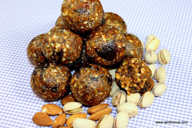 Dried Fruit & Nut Power Balls(Ladoos)