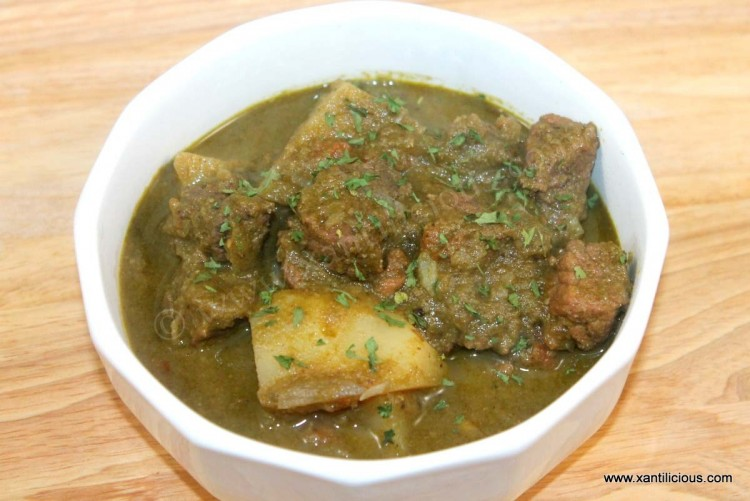 Green Beef Curry with Potatoes