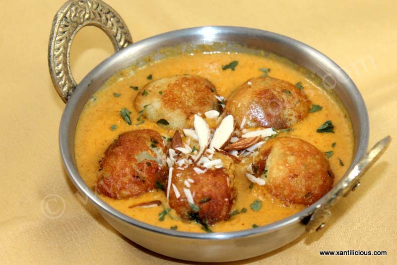 Paneer kofta xantilicious this is a classic restaurant style punjabi recipe of north indian cuisine enjoy it with rotis naan or parathas forumfinder Gallery