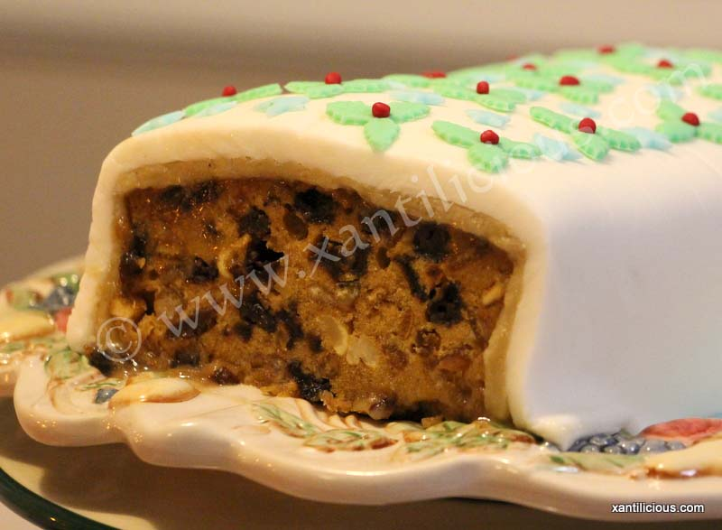 How To Cover A Fruit Cake With Marzipan And Fondant