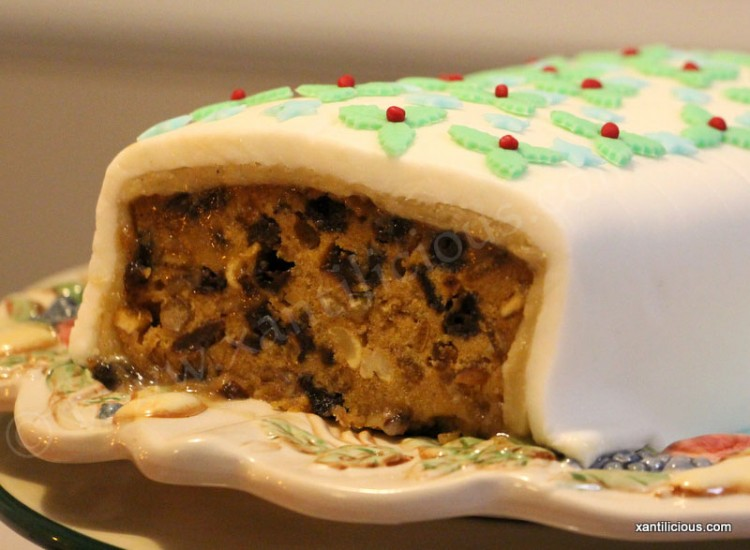 Traditional Rich Christmas Fruit Cake