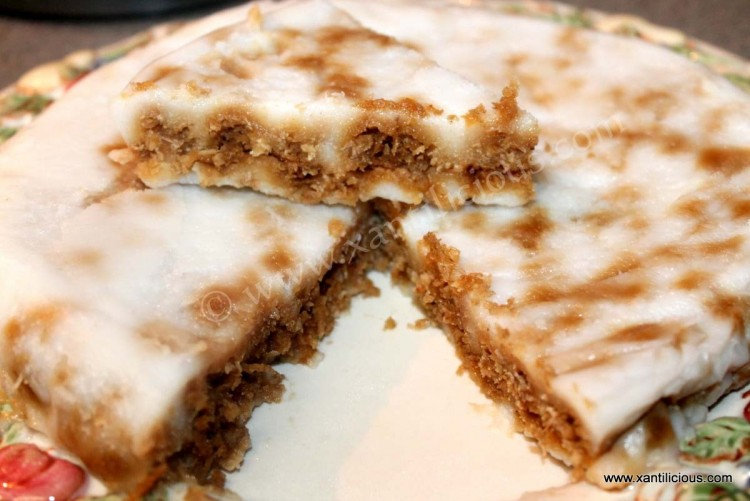 Rice & Coconut Steamed Cake