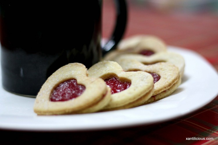Jam Heart Sandwich Cookies