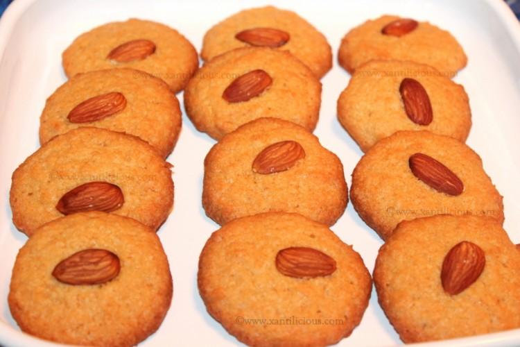 Coconut & Semolina Cookies